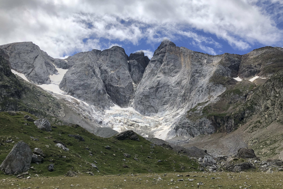 Global Warming    The glaciers of the Pyrenees are rapidly melting