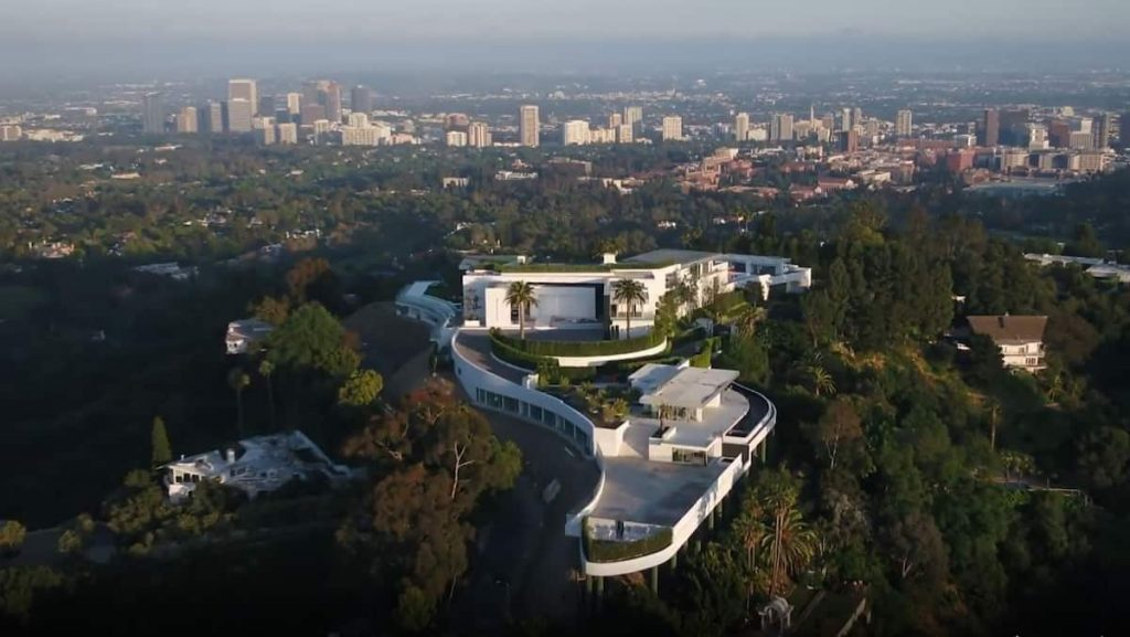 In pictures    These are the financial problems surrounding the $ 500 million home