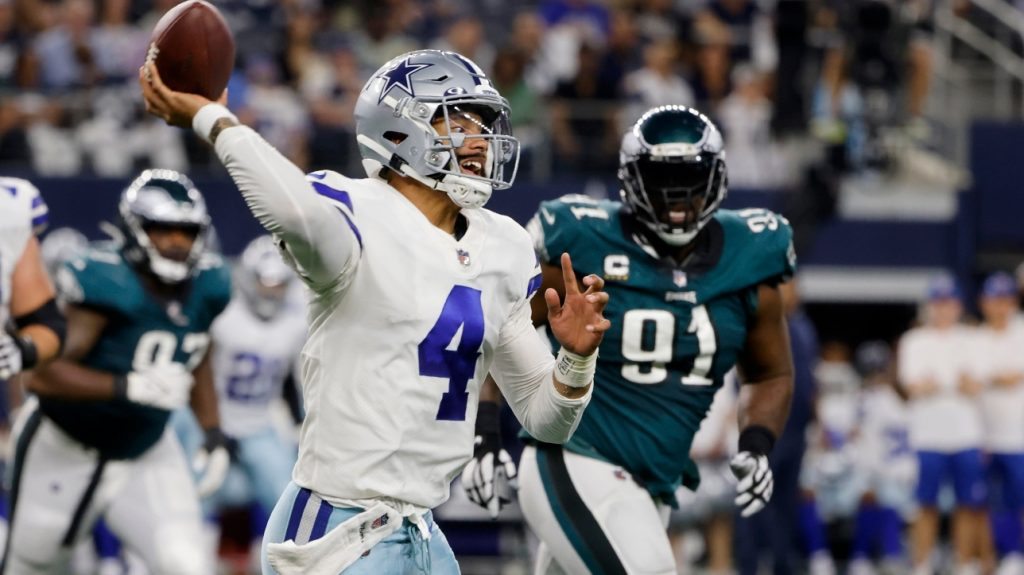 NFL: The Cowboys beat the Eagles 41-21