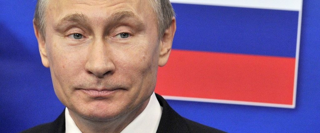 """Putin acknowledged the presence of """"dozens"""" of COVID patients in his entourage"""