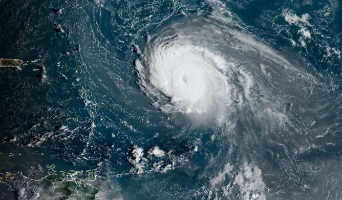 Sam: The worst hurricane of the year is heading east into the country
