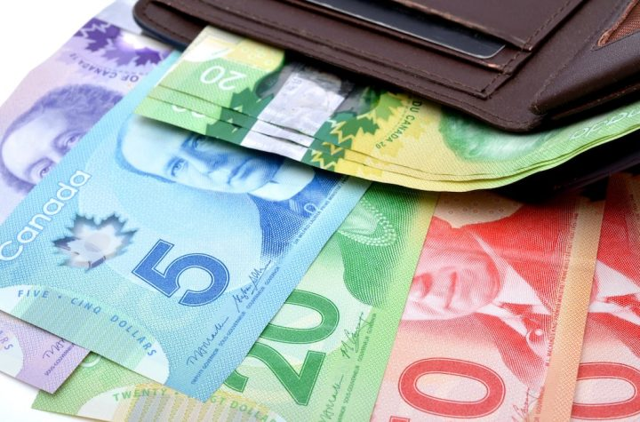 Is the minimum wage too low in Quebec?