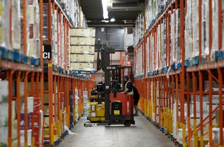 Towards a strike in SAQ warehouses