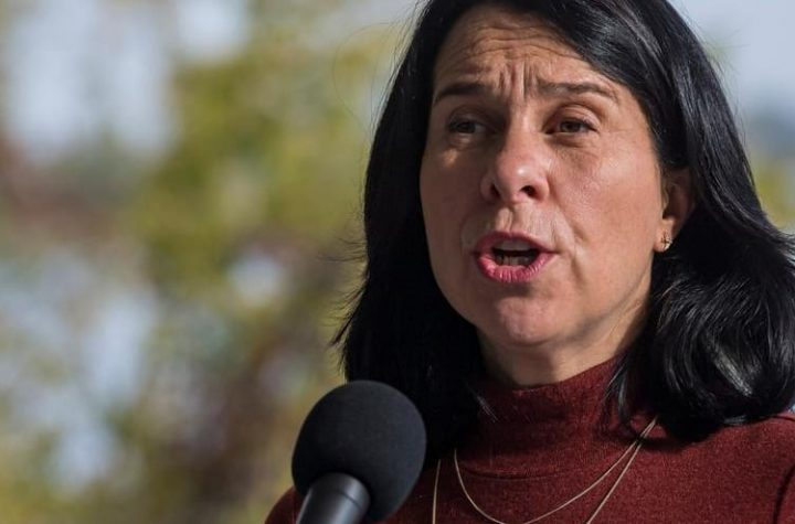 Valerie Plante wants to vaccinate elected officials in Montreal